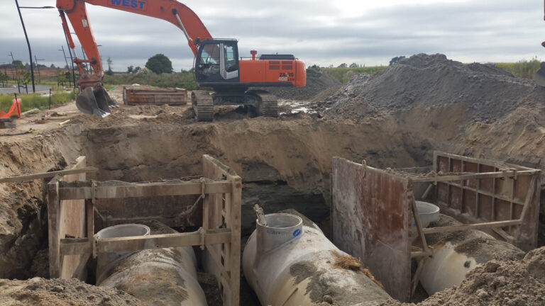 west-construction-sewer-pipe-installation